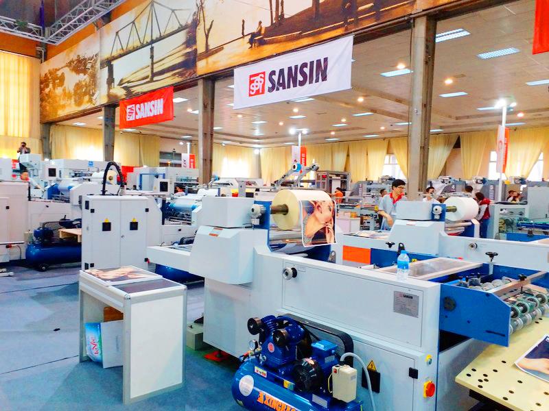Khai mạc triển lãm quốc tế thiết bị và cn quảng cáo vietad 20191