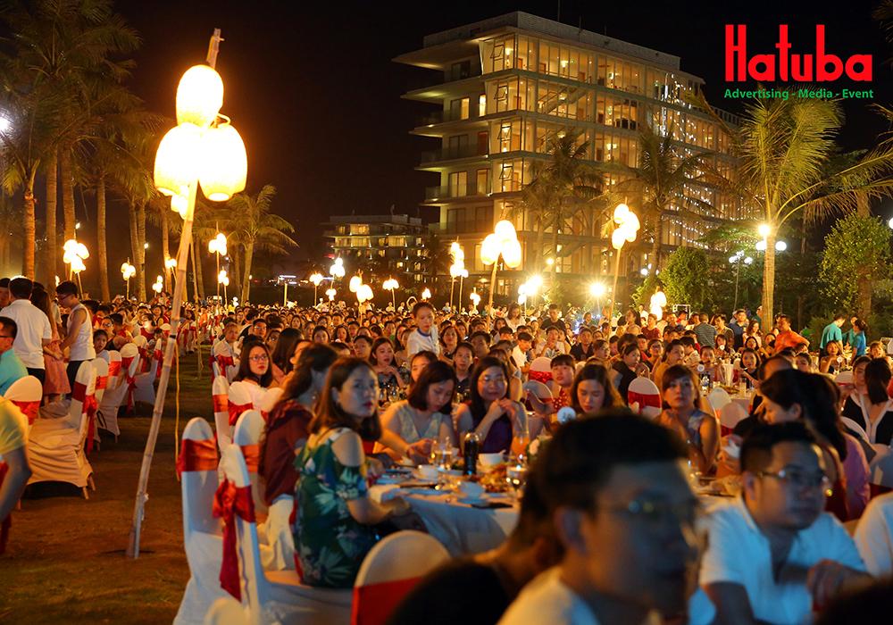 Tổ chức gala dinner cho nhân viên tại FLC Sầm Sơn